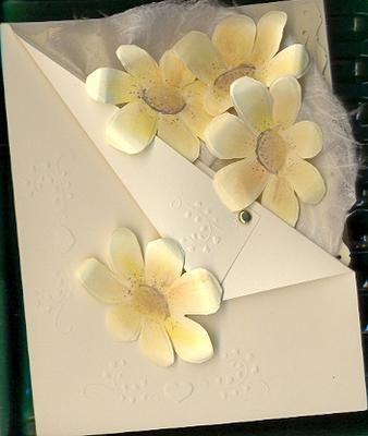 dry embossed daisy card by Elfrieda Kornelsen
